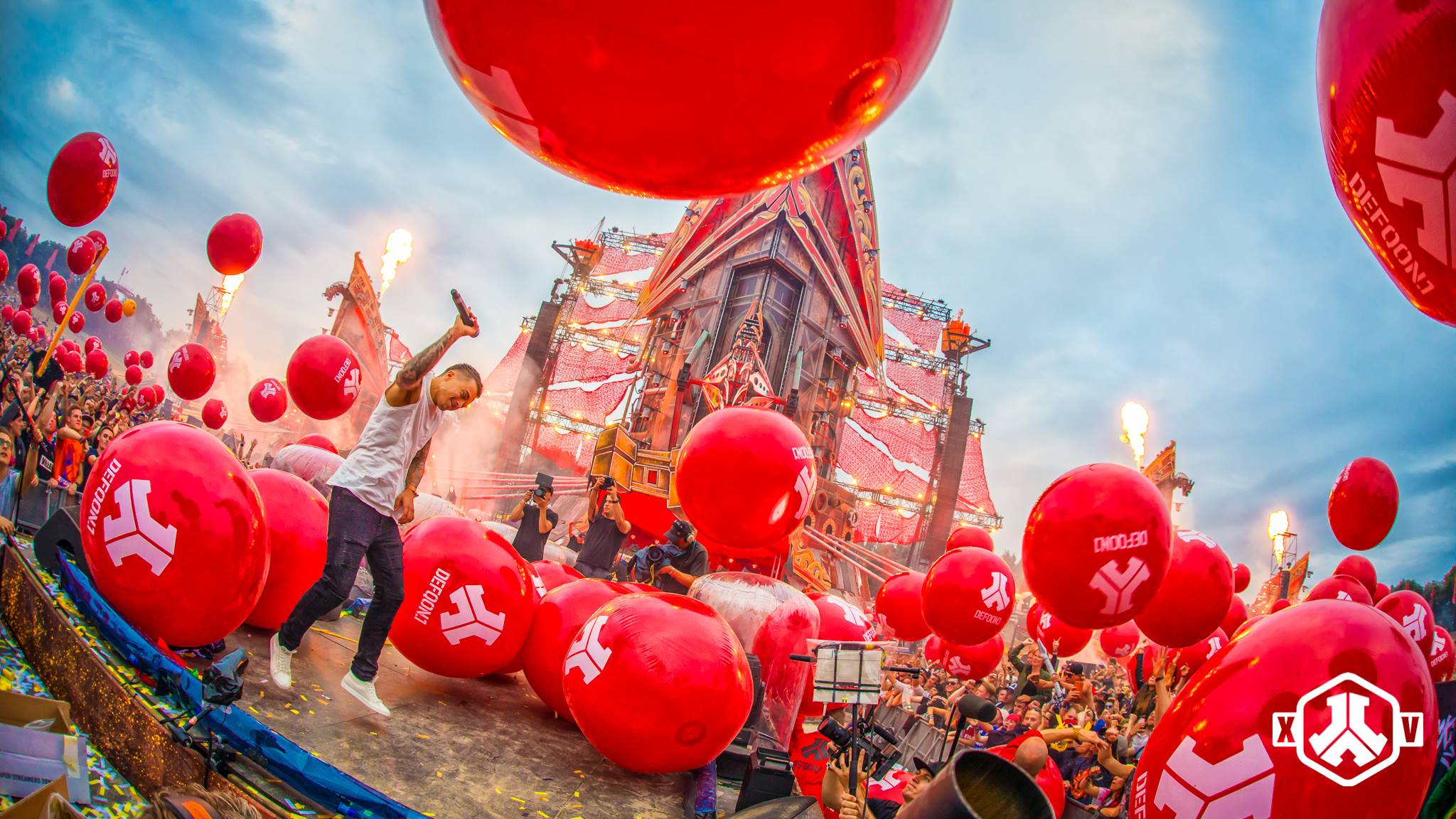 It was LEGENDARY - Defqon 1 2017 - The Sunday - Hardstyle Mag